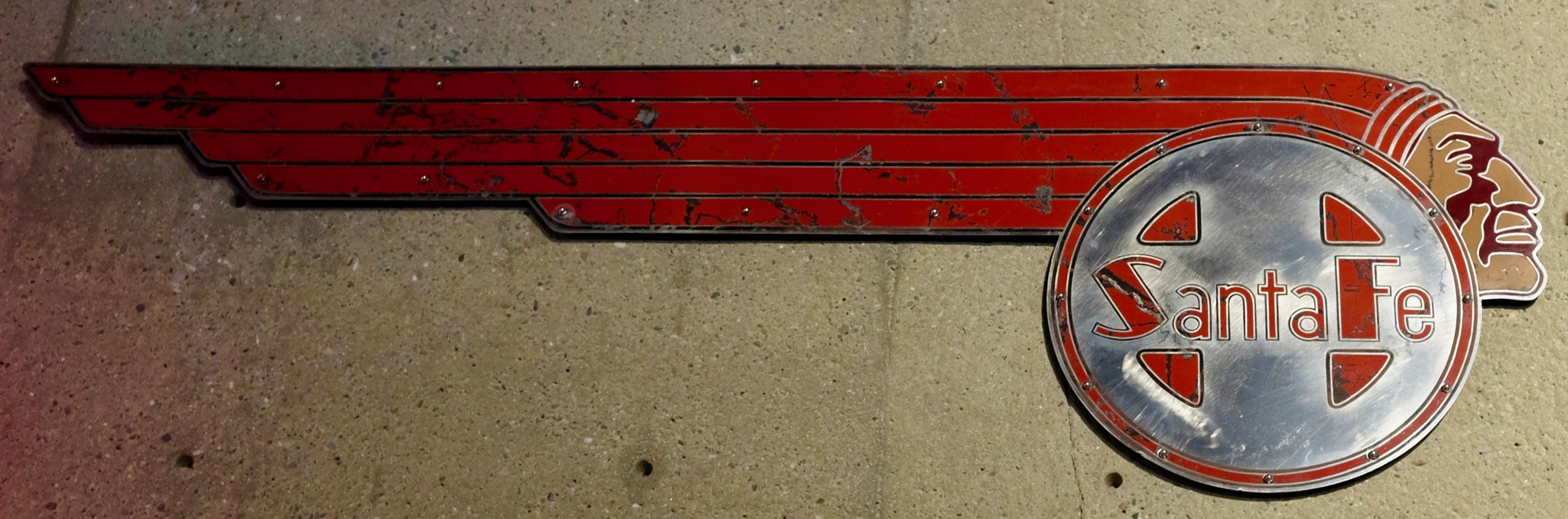 DSCF0297 Santa Fe logo IL