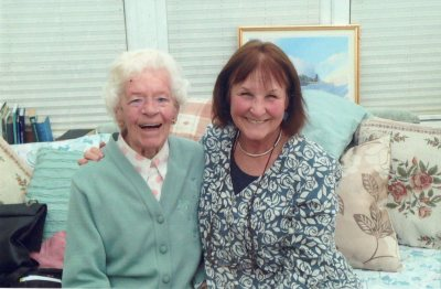 Shirley Mann with ATA pilot, Mary Ellis